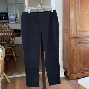 Chicos sz 1,5 short black ankle pants